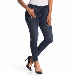 GOOD AMERICAN Good Legs Crop Skinny Jeans!